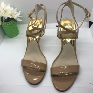 Michael Kors tan patent leather sandals